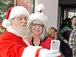 Santa selfie 7787