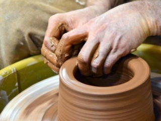 Pottery 7285