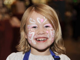 Maggie w face paint 2575
